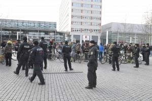 Polizeieinsatz bei der Fahrradttour der IG Freiräume auf der Prager Straße
