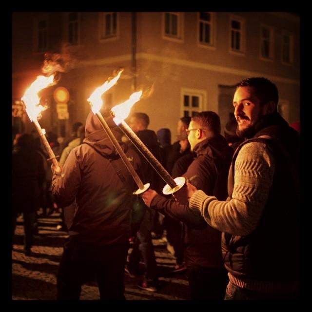 Nazi-Fackelmarsch in Schneeberg